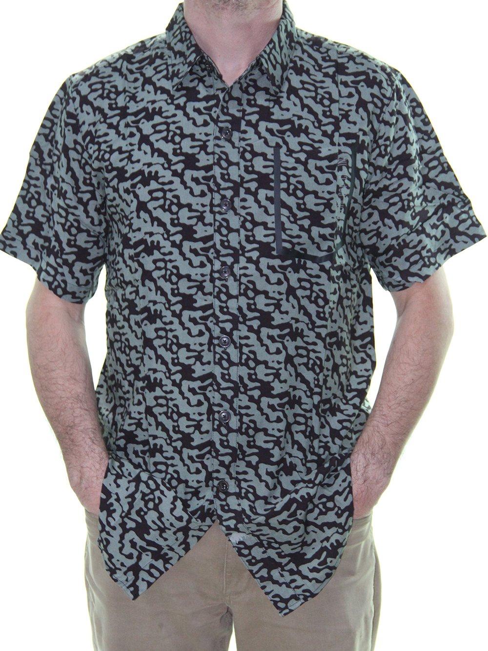 c510d05975 Camisa Masculina New Era Camo Rev All de Botão - Camuflado - Session ...