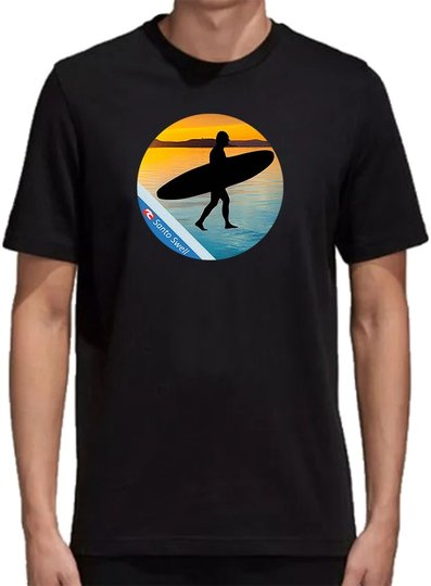 Camiseta Santo Swell Black Surfer Sunset de Algodão Estampada Manga Curta - Preto