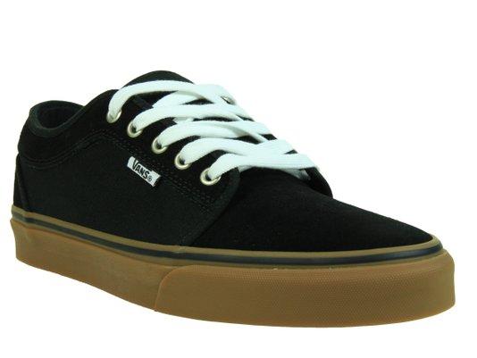 Tênis Masculino Vans Chukka Low Cabedal em Lona e Camursa - Black/Gum